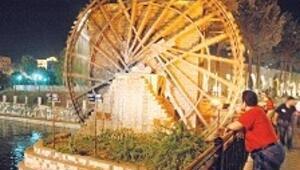 Hama'nın su değirmenleri Bizans'tan bu yana dönüyor