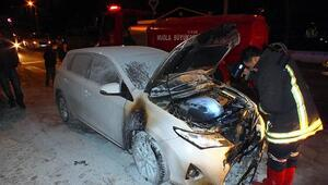 Para vermeyen teyzesinin otomobilini yaktı iddiası