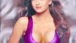 Bollywood'un en güzel kızı İstanbul Modern'de