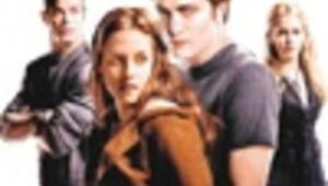 'Twilight' time: Vamp story seeks blockbuster bite