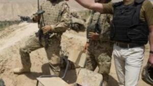 Alman Savunma Bakanından sürpriz Afganistan ziyareti