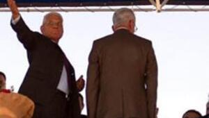 Malazgirt Belediye Başkanı Kurtuluş Gününde konuşamadı