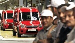 Otomotiv devleri Avrupa'da işçi çıkarıyor Türkiye'de yeni eleman alımı sürüyor