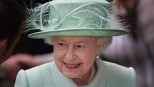 Churchill dahil 12 başbakan, 6 Papa gitti; o hala tahtında