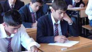 Ortaöğretim öğrencilerine ek sınav hakkı