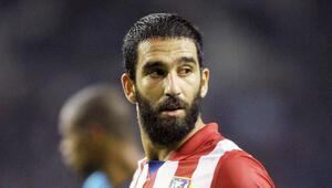 Atletico Madrid yönetimi krampon fırlatma olayıyla ilgili Ardayı uyardı