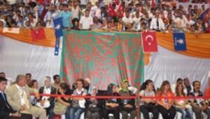 İzmirli AK Partililerden Erdoğan'a gizemli hediye