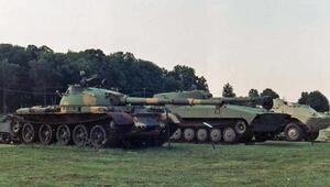 Rus tankları Ukraynaya girdi iddiası