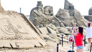 Kum heykellerin sezonu uzadı