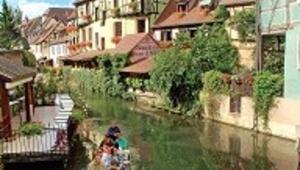 Doğu Fransa'nın dört duyuyu doyuran şarap yolu