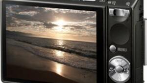 Sonyden yeni dijital kameralar