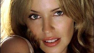Kylie Minogue Afrodfitle geliyor