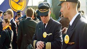 Lufthansa pilotlarına üniforma yasağı
