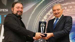 Orhan Can ve Eyüp Serbeste ödül
