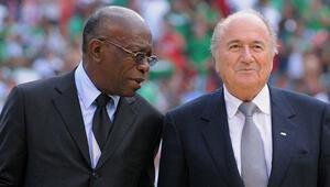 Eski FIFA başkan yardımcısı Jack Warner da itirafa başladı