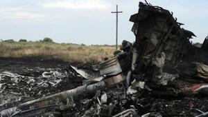 Ukraynada düşürülen uçak Rus füzesiyle vurulmuş olabilir