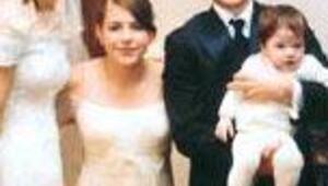 Düğün fotoğraflarını 15 milyon dolara sattı