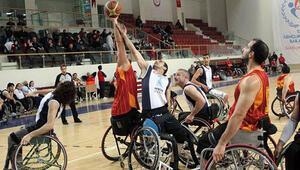 Yalova Ortopedikler Spor Kulübü: 53 - Galatasaray: 81