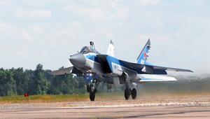 Rusyada askeri uçak düştü