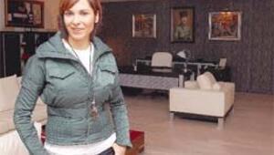 Gülay Kuriş'ten kiralık dizi film ofisleri