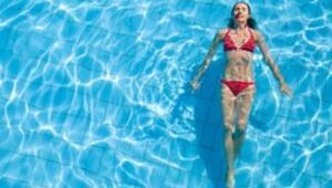 Yüzerken lens kullanmak tehlikeli