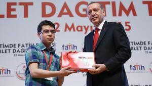 Cumhurbaşkanı Erdoğan: 4 yılda 10 milyondan fazla tablet dağıtılacak
