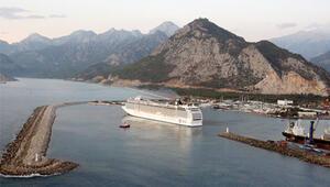 Antalyaya kruvaziyer ile 134 bin turist