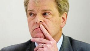 Neo-Nazi skandalında bir istifa daha