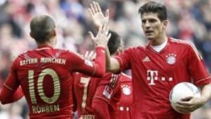 Şampiyon Bayern tam gaz devam