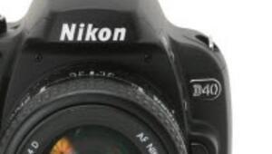 Nikon da deprem mağduru...