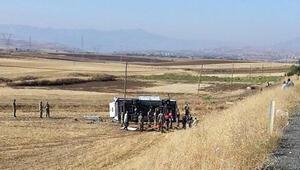 Elazığda araç devrildi: 1 şehit, 3 asker yaralı
