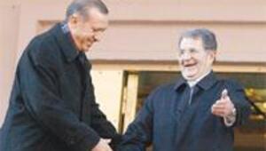 Erdoğan: Kurşun özgürlüğe, demokrasiye sıkıldı