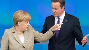 Almanya Başbakanı Merkelden Londraya kritik ziyaret