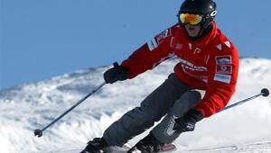 Schumacher 21 gün sonra uğurlu bilekliğine kavuştu