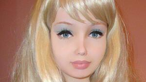"""Yeni bir """"insan Barbie"""" daha ortaya çıktı"""