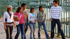 Vakıf üniversitelerinde tıp eğitimi 50 bin lira