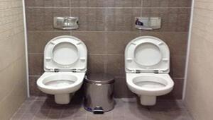 İkiz tuvalet tartışma yarattı