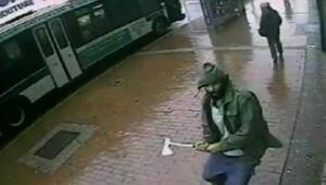 New Yorkta baltalı saldırgan dehşeti