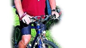 Engelli çocuklar için bisikletle Hindistan'a