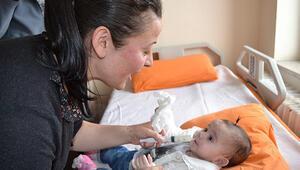 Melek bebek artık biberonla besleniyor