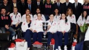 Avrupa Şampiyonlarından GSİMe ziyaret