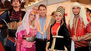 Türkiyenin renkleri İzmirde buluştu