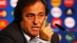 Platini FIFA başkan adaylığı için kararsız