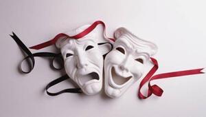 Tiyatro festivali 'Hamlet'le başlıyor