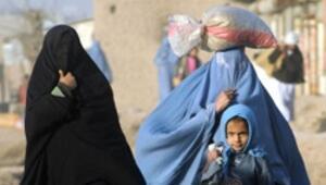 Afgan gelin, kız doğurduğu için öldürüldü
