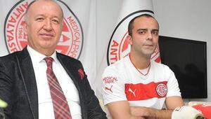 MP Antalyaspor Semih Şentürkle sözleşme imzaladı