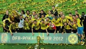 Borussia Dortmund duble yaptı