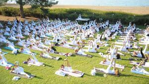 Büyük Yoga şöleni için geri sayım