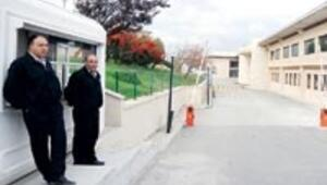 Domuz gribi görülen okul bir hafta tatil
