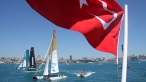Extreme Sailing İstanbulluları yelkene doyurdu